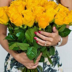 Желтая роза Пени Лайн