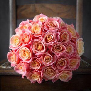 3D роза 70 см 23 штуки