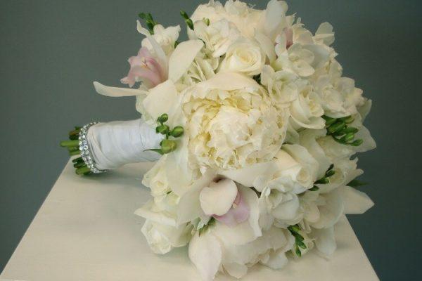 """Свадебный букет """"Белый вальс"""""""