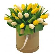 29 тюльпанов в коробке